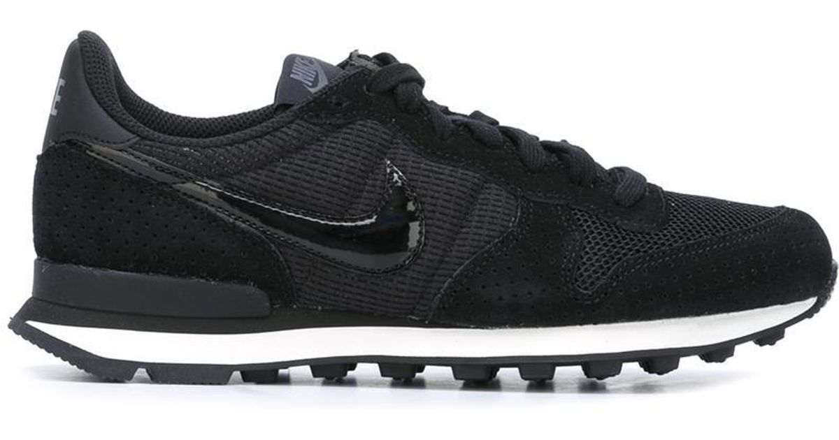 03120ba6 discount online herre nike shox avenue sko hvid navy rød 907aa b3505; get  lyst nike internationalist sneakers sort in sort sneakers 709ea7 9456f 7404d