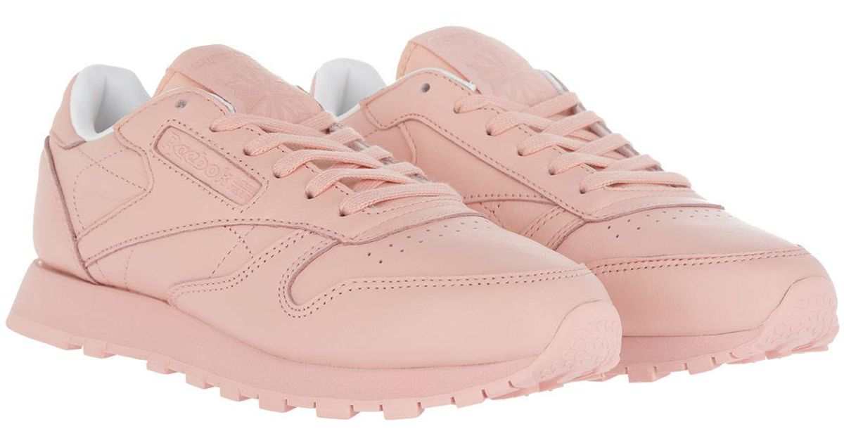 huge discount ed0a5 f5c04 Reebok Classic Leather Pastels Sneaker Patina Pink   White in Pink - Lyst
