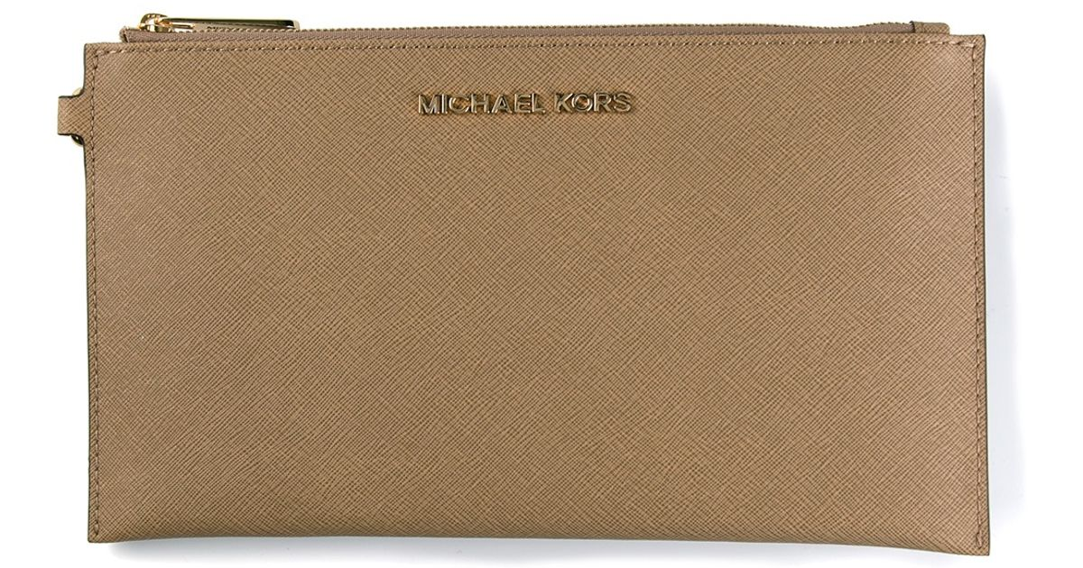 f11bf2eb5e7d68 Michael Michael Kors Classic Zip Clutch in Natural - Lyst
