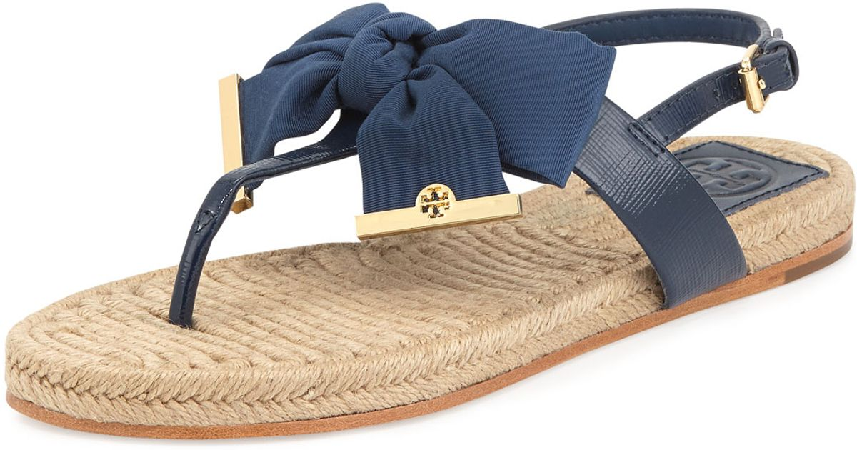 73604230b5c Lyst - Tory Burch Penny Flat Bow Espadrille Thong Sandals Newport Navy in  Blue