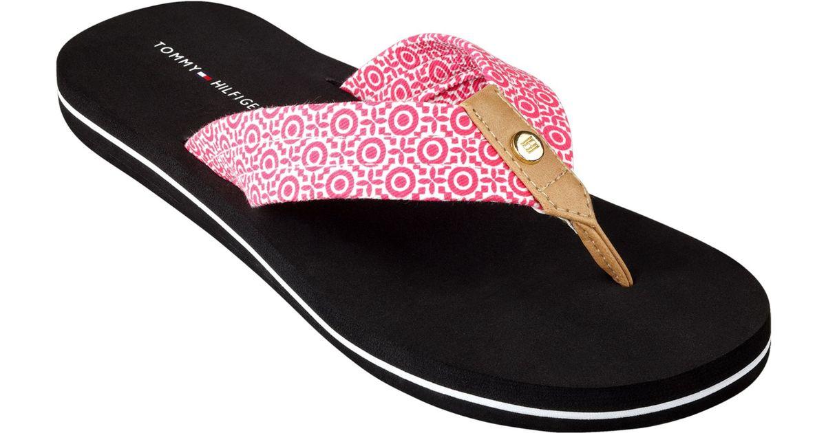 79d3eafbbd5a Lyst - Tommy Hilfiger Womens Corrale Flip Flops in Pink