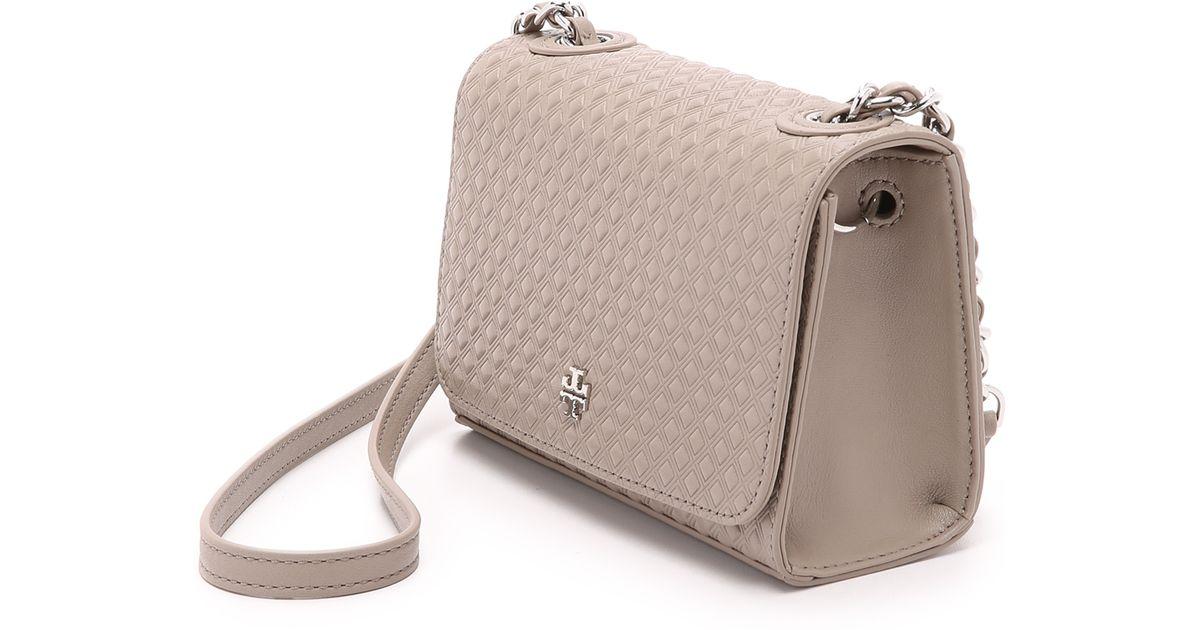 f09618b5e57 Tory Burch Marion Embossed Shrunken Bag - French Grey in Gray - Lyst