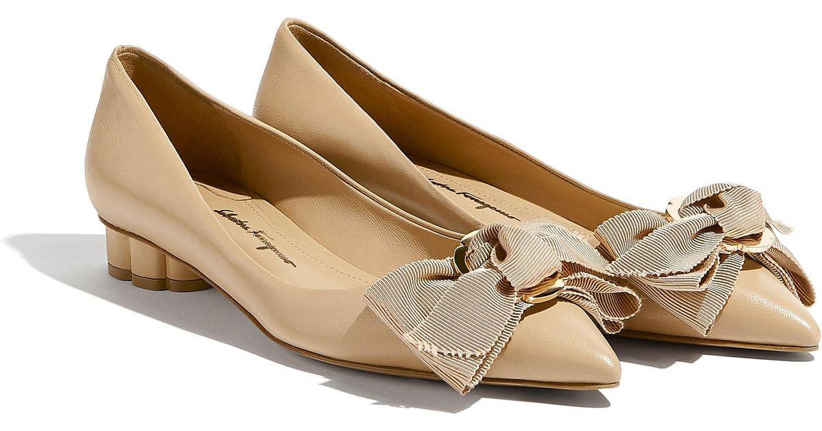 5443d0149e5 Lyst - Ferragamo Peony Bow Pump Shoe
