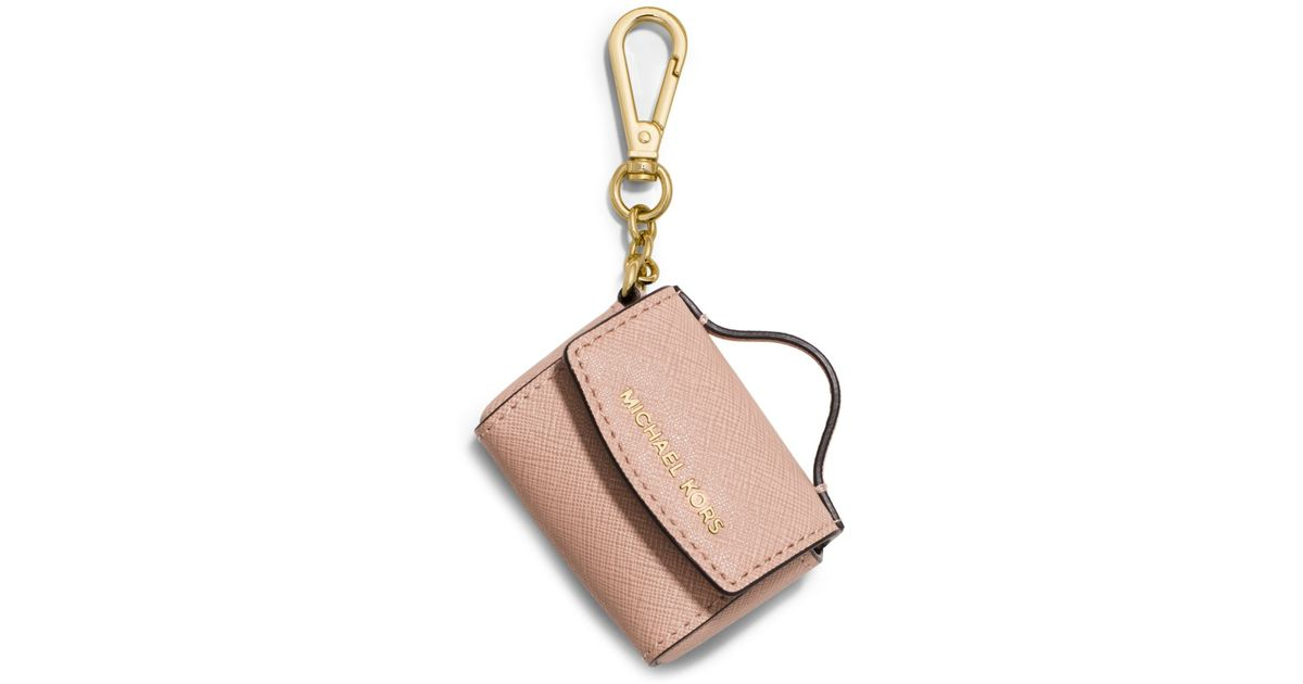 1154d8a5fa399 Michael Kors Ava Saffiano Leather Coin Purse Key Chain in Natural - Lyst