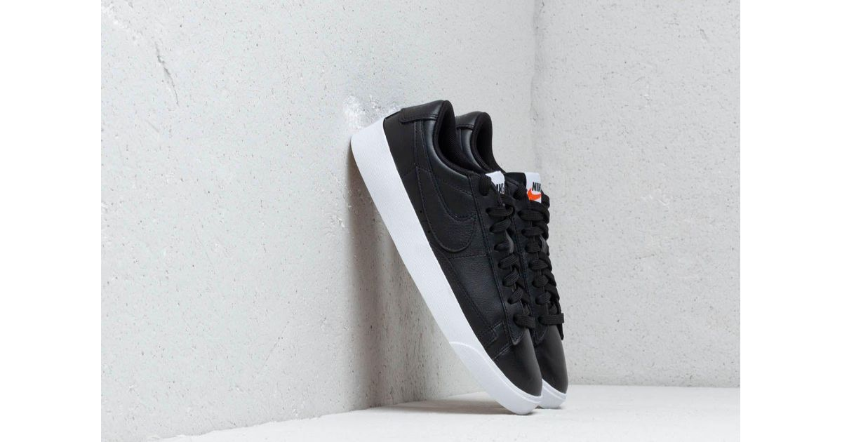buy popular 7c92a abeb5 Lyst - Nike Blazer Low Le Shoe in Black - Save 35%