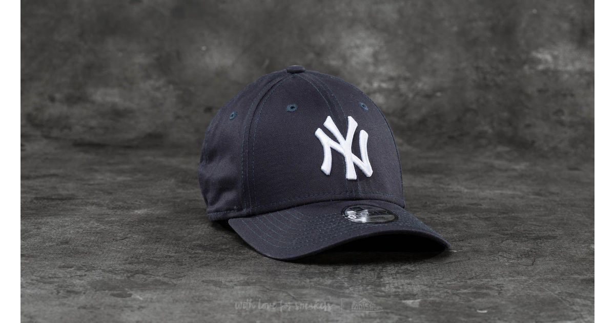 5a0853fc787 ... greece lyst footshop new era youth 9forty adjustable mlb league new  york yankees cap navy white