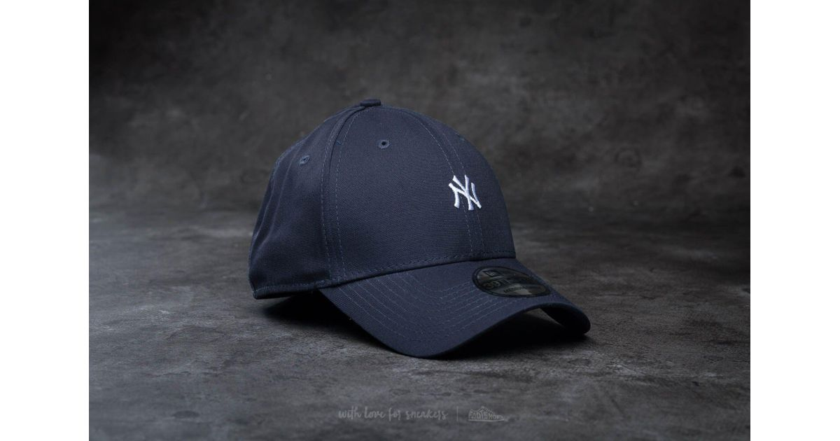 74eaf826709b5 KTZ 39thirty Mini Logo Essential New York Yankees Cap Navy  White in Blue  for Men - Lyst