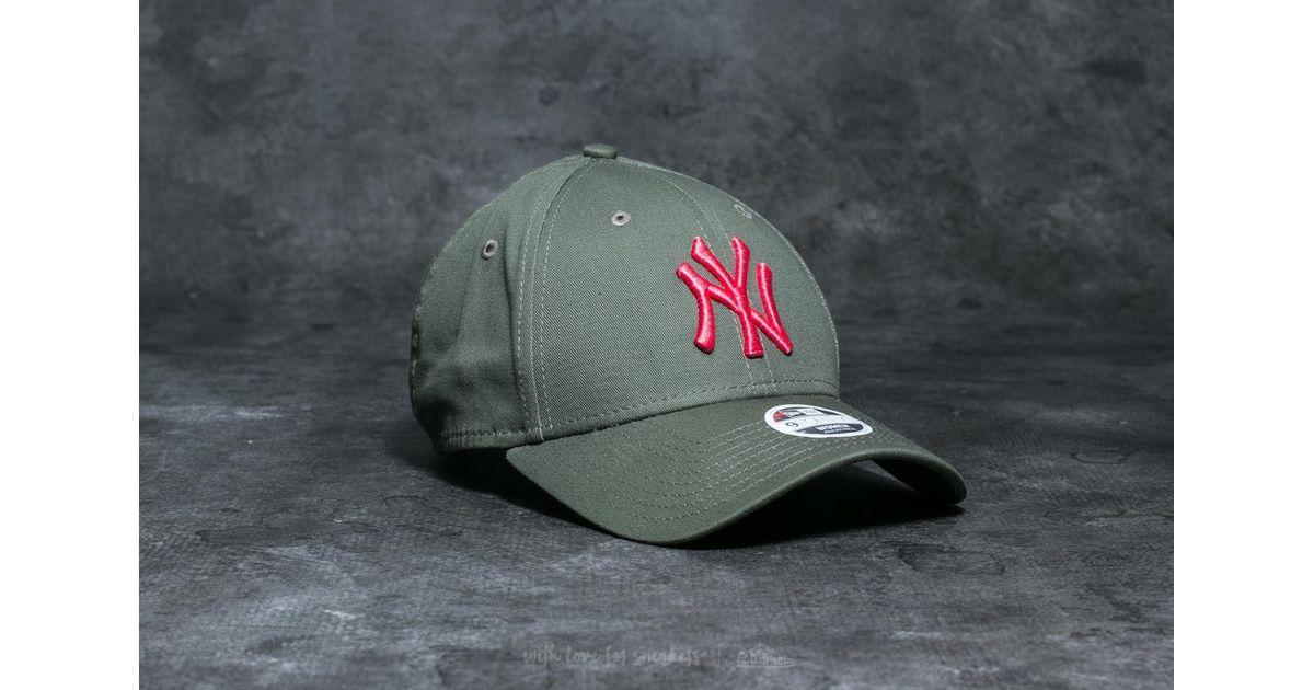Lyst - Ktz 9forty Wmn League Essential New York Yankees Cap Khaki in Green  for Men 2d5e33fffa2