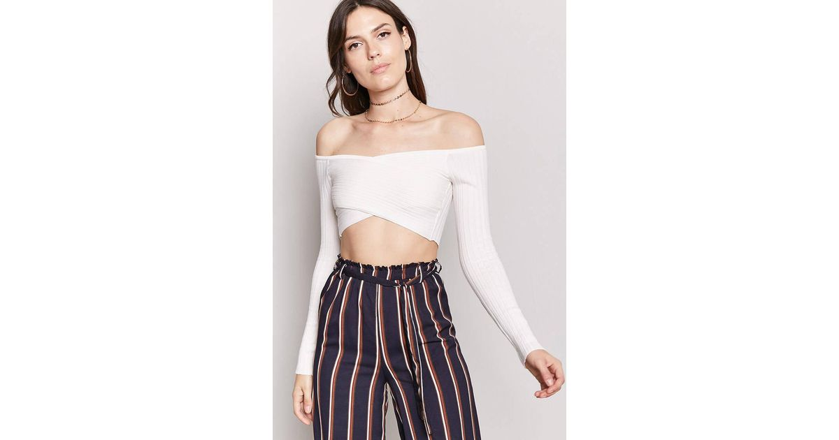47a01694e3f568 Lyst - Forever 21 Surplice Wrap Crop Top