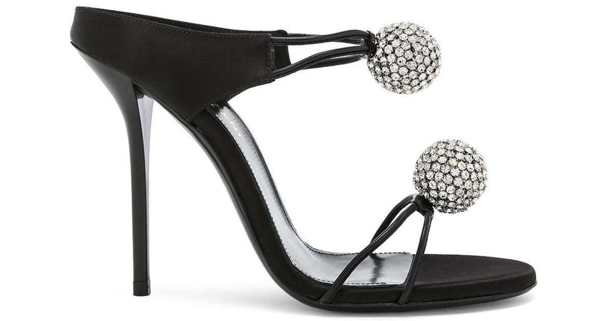 Crystal Leather Laurent Shoes And Saint Ball Pierre 110 Satin In nYgZq4Af