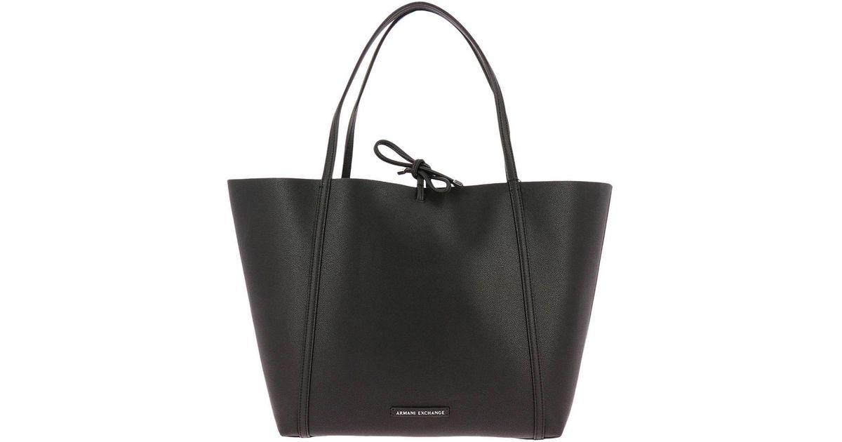 d867ee9cac6d Lyst - Armani Exchange Shoulder Bag Women in Black
