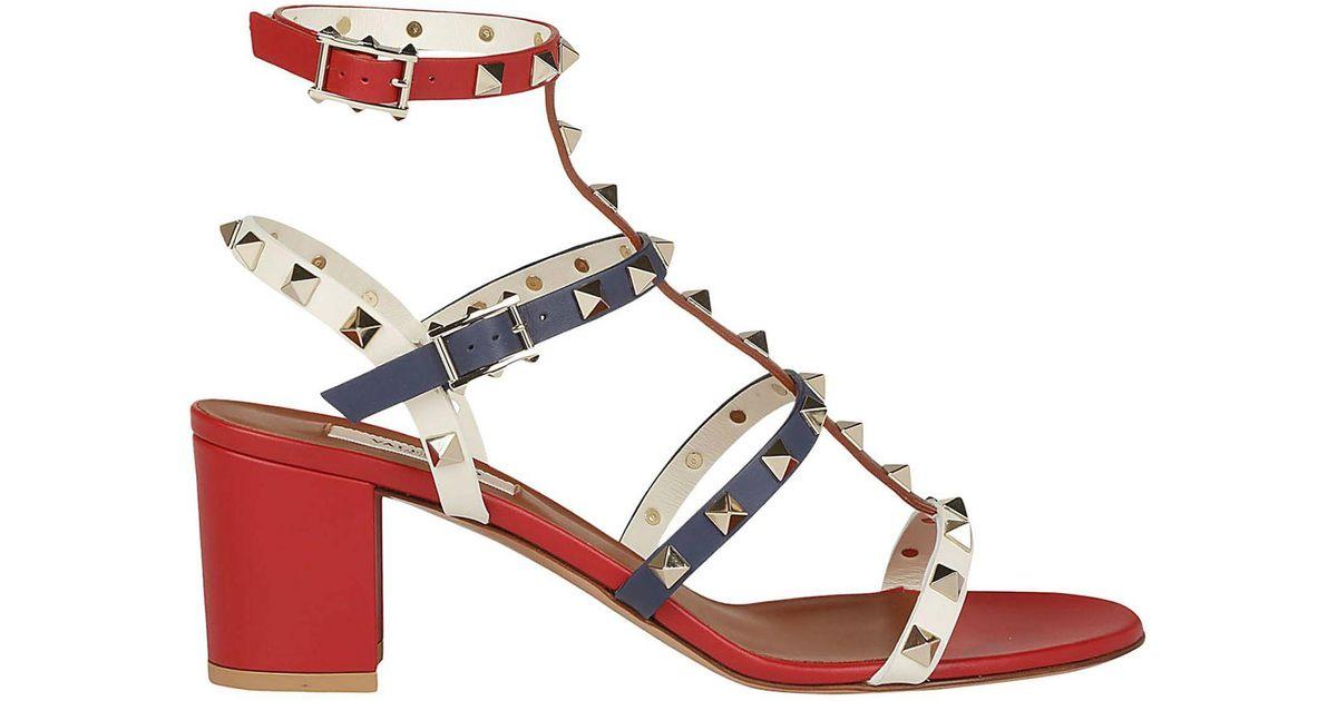 1d1548049f2 Lyst - Valentino Garavani Rockstud Sandals in Red