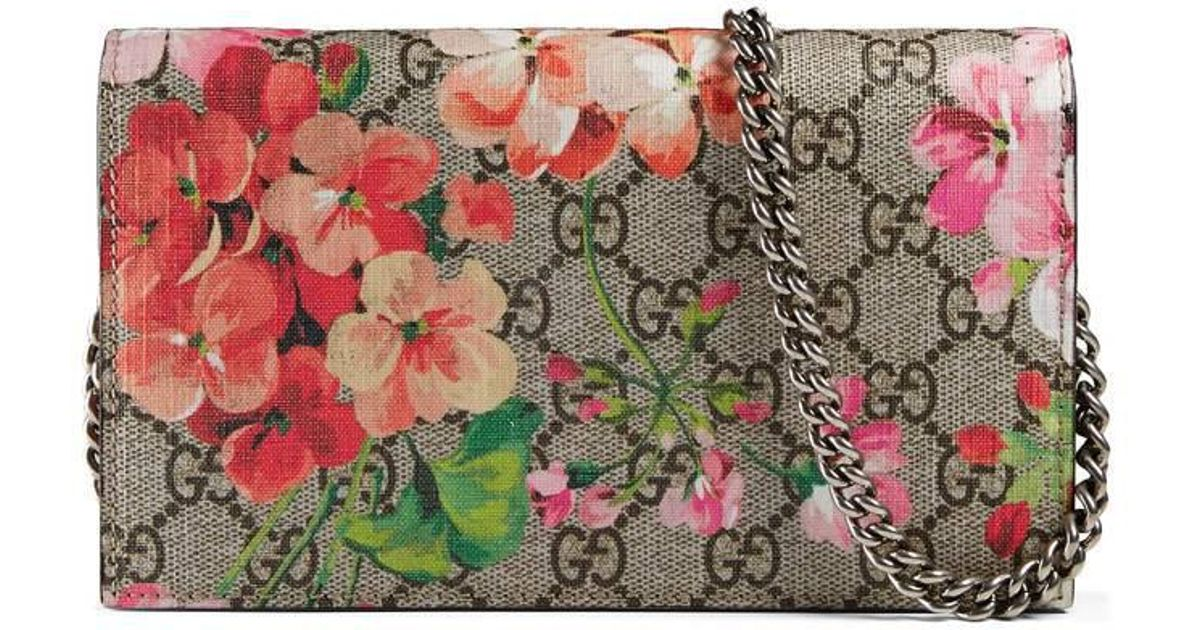 53cec724733 Lyst - Gucci GG Blooms Supreme Chain Wallet in Pink