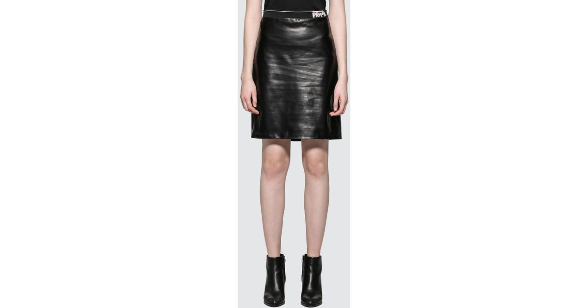 f364341c07 Prada Leather Pencil Skirt With Logo in Black - Lyst
