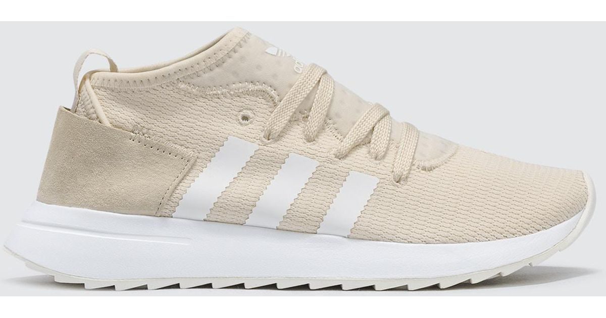 free shipping d1927 2656a Lyst - adidas Originals Flb Runner Mid W in White for Men