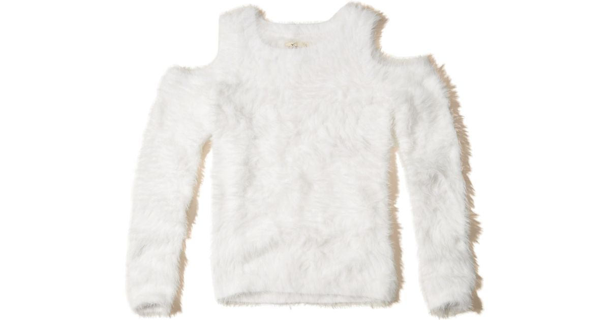 Hollister Cold Shoulder Fluffy Sweater in White | Lyst
