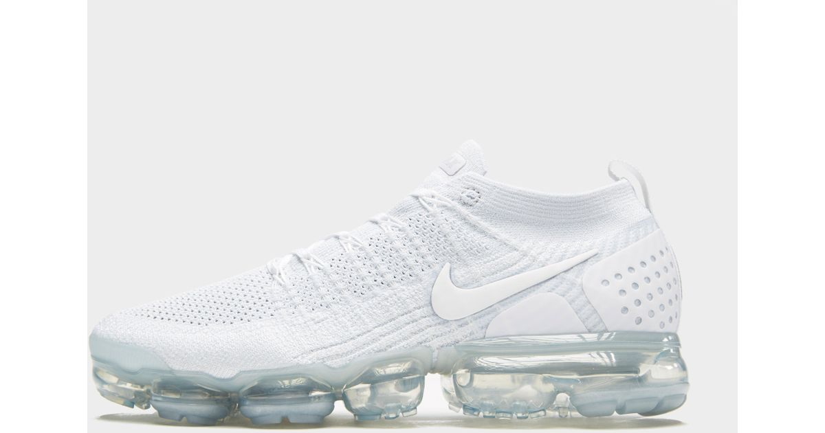 half off b2255 c7a09 Nike - White Air Vapormax Flyknit 2 for Men - Lyst