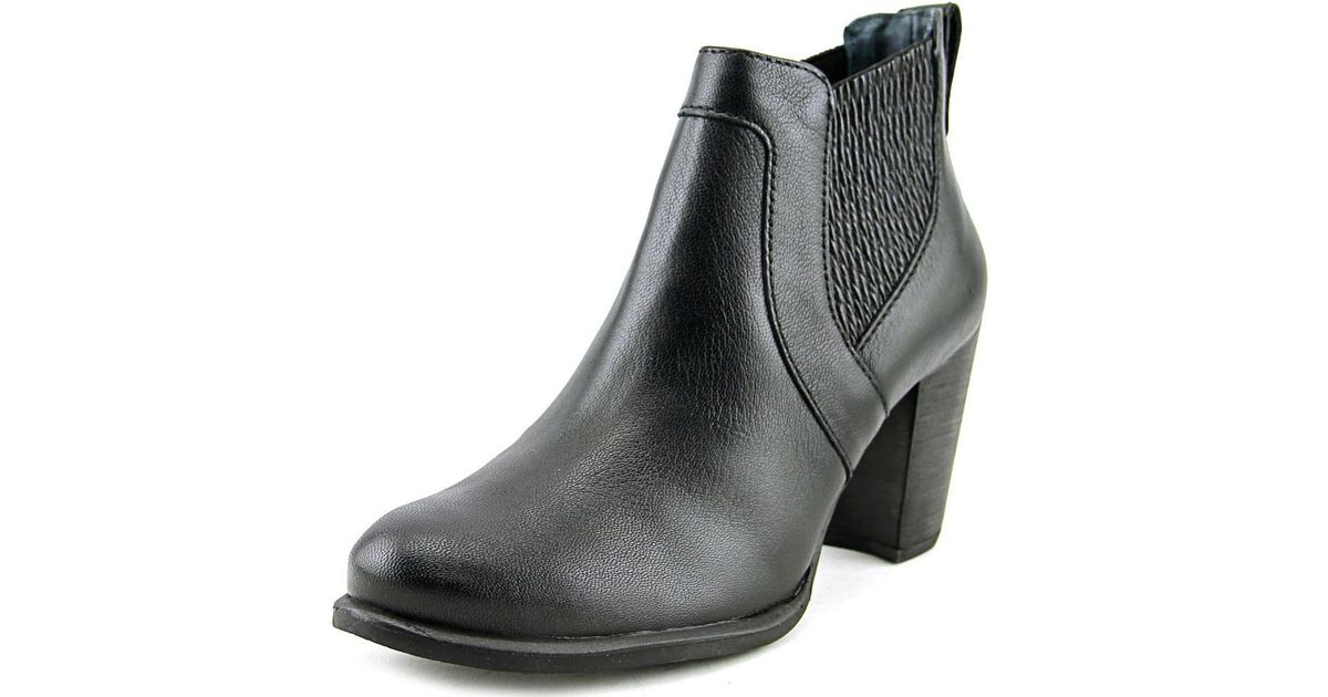 6b66fd22c40 Ugg - W Cobie Ii Women Us 7.5 Black Ankle Boot - Lyst
