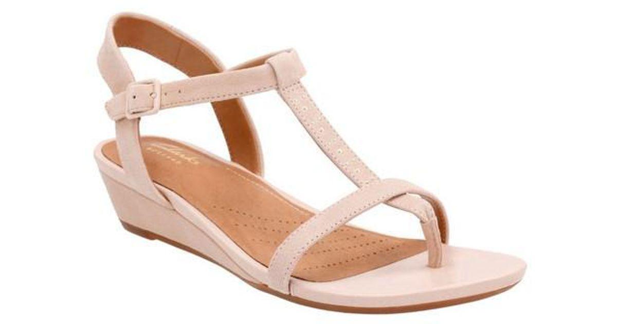 e29d6def4ea Lyst - Clarks Parram Blanc Sandals