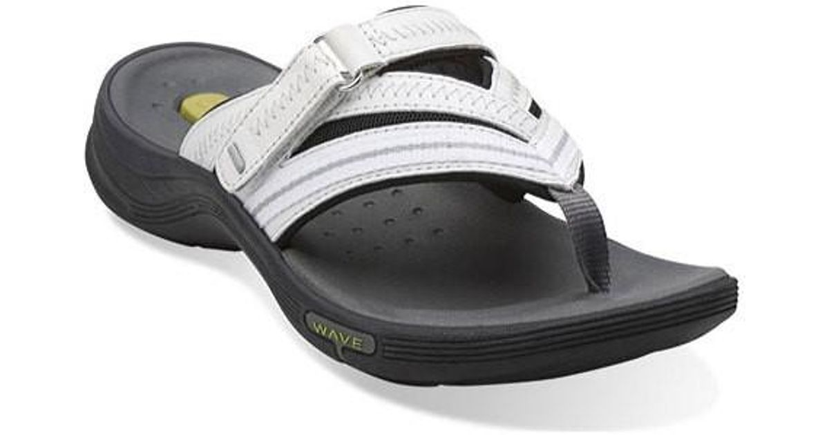 4f9d26b4be5d Lyst - Clarks Wave.coast in White - Save 19%