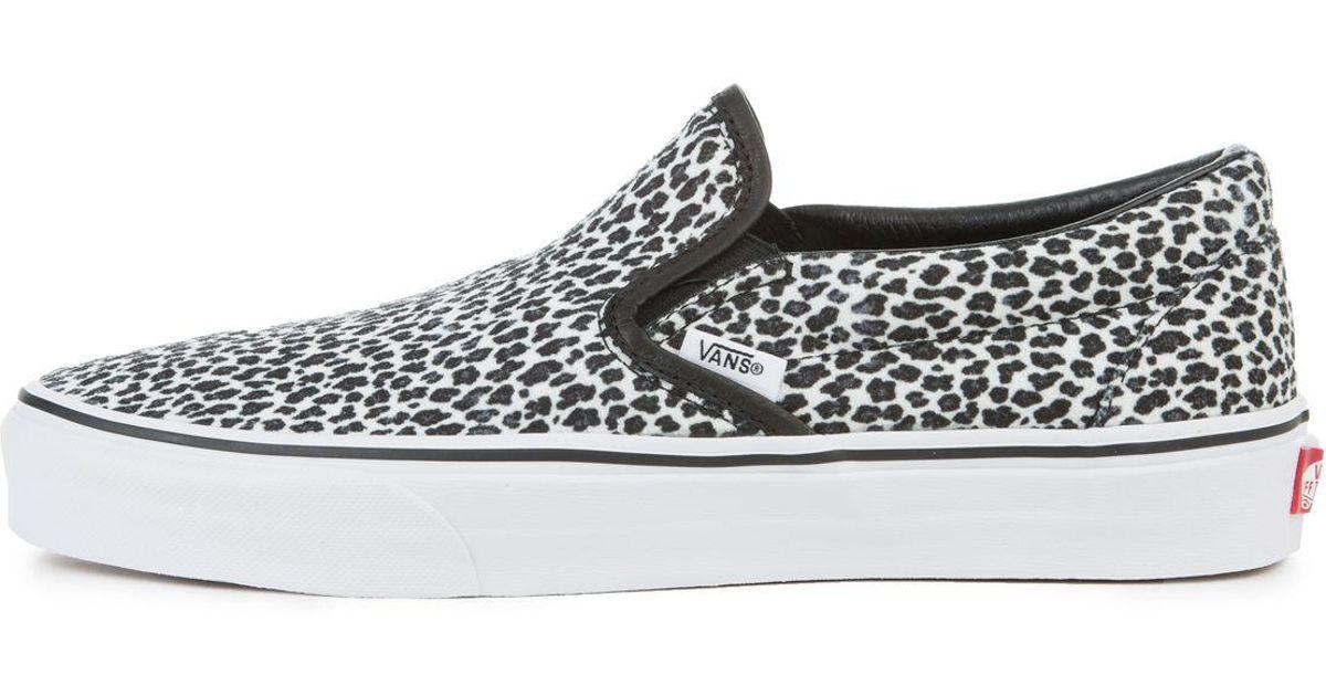 Lyst - Vans The Women s Mini Leopard Classic Slip-on In Black And True  White in Black f1bee430b
