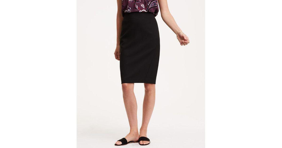 c66995b7fc LOFT Curvy Seamed Scuba Pencil Skirt in Black - Lyst