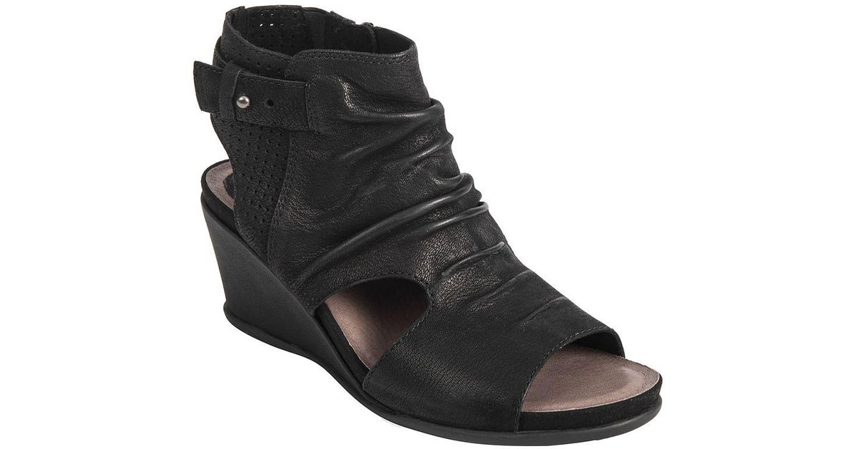 dc189eceda8 Lyst - Earth Sweetpea Leather Wedge Sandals in Black
