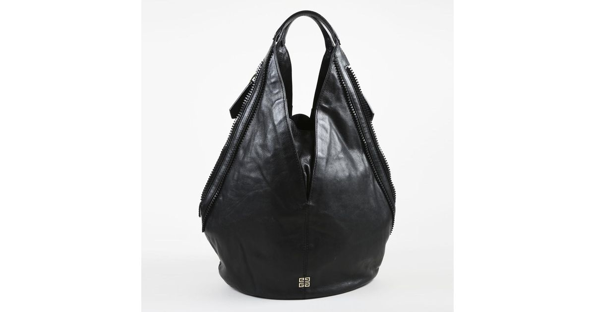 552c62d5b2be Lyst - Givenchy Black Grained Lambskin Leather