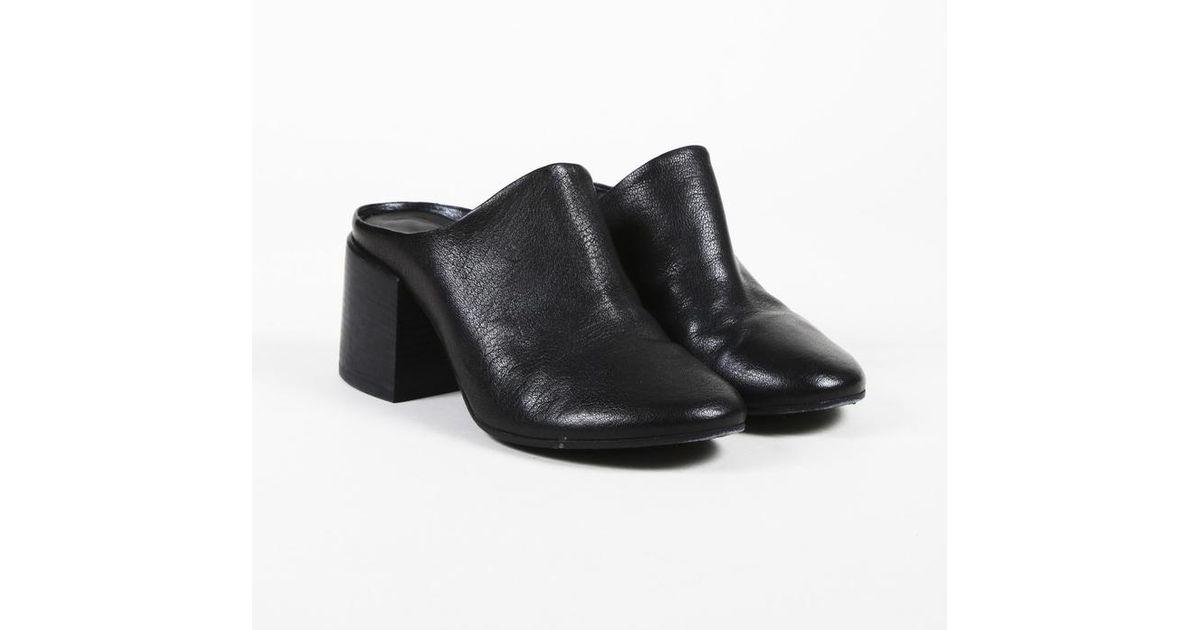 e7bc7faca618 Lyst - Maison Margiela Mm6 Maison Margiela Black Leather Mules in Black