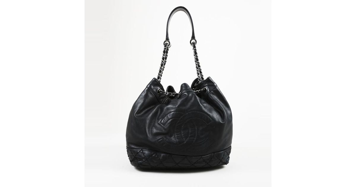 3ab688951472 Lyst - Chanel Black Quilted Lambskin Leather Silver Tone