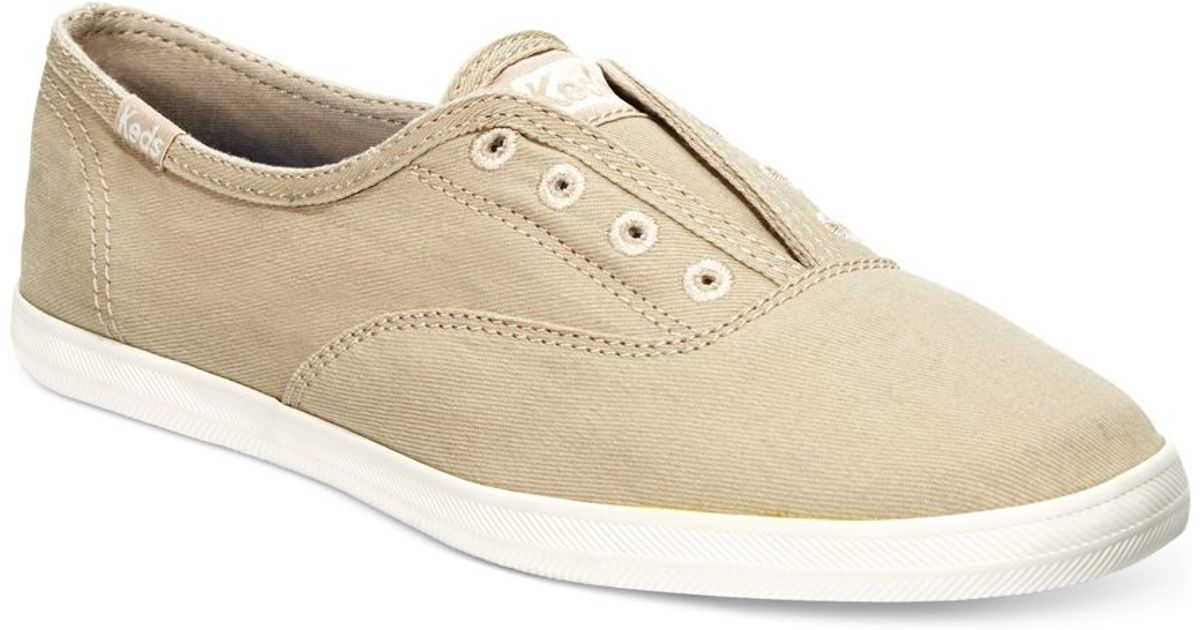 Laceless Footwear: Comfortable Slip-On Shoes that Look and Feel Great Oasis Footwear is pleased to offer a variety of laceless footwear styles for men and women, including sneakers, sandals, mules, and .