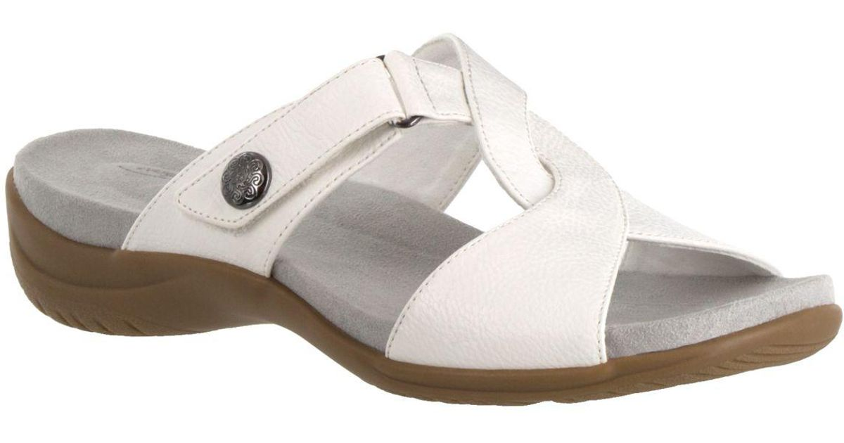 39adfda0d39 Lyst - Easy Street Spark Sandals in White
