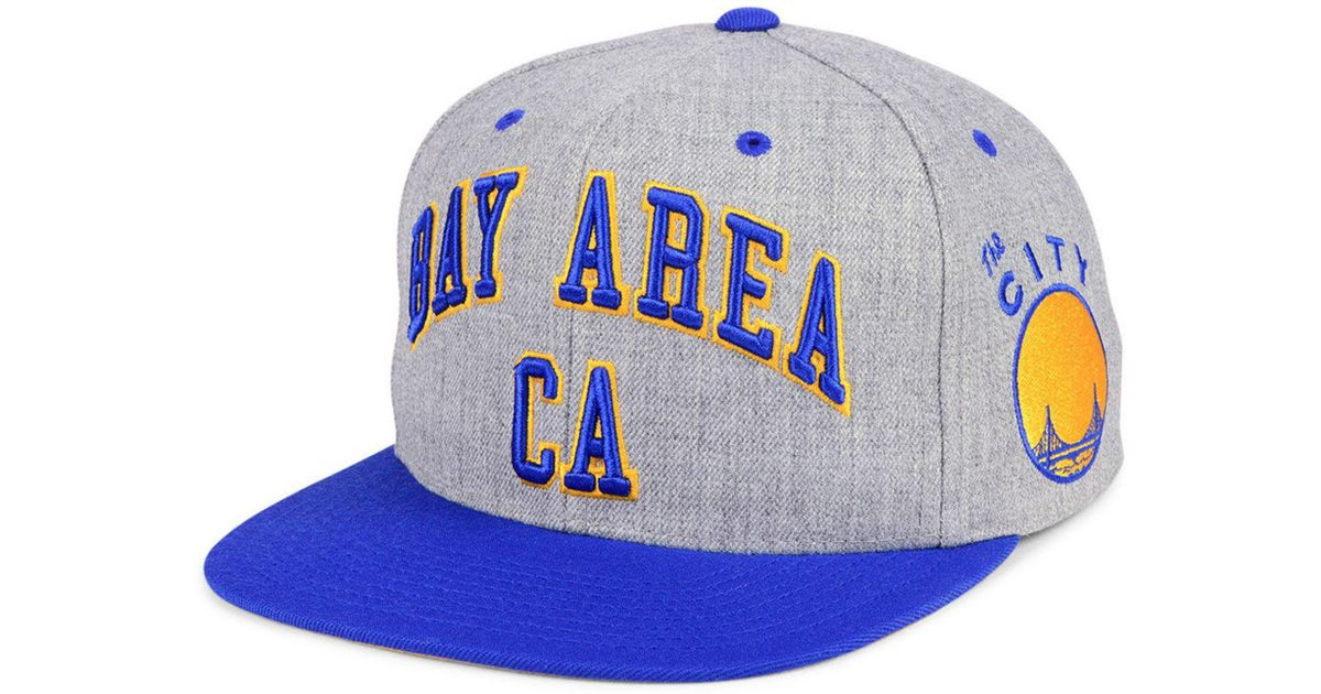 separation shoes 0aa86 3313c Lyst - Mitchell   Ness Golden State Warriors Side Panel Cropped Snapback Cap  for Men