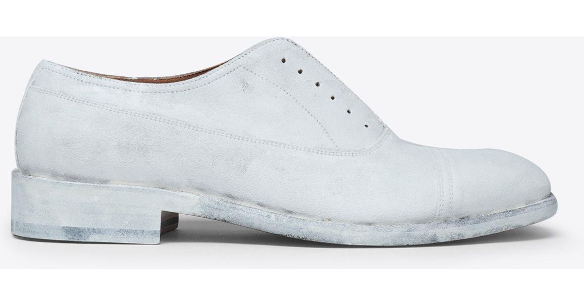 0b094fd819b Maison Margiela Painted Lace-up Shoes in White for Men - Lyst