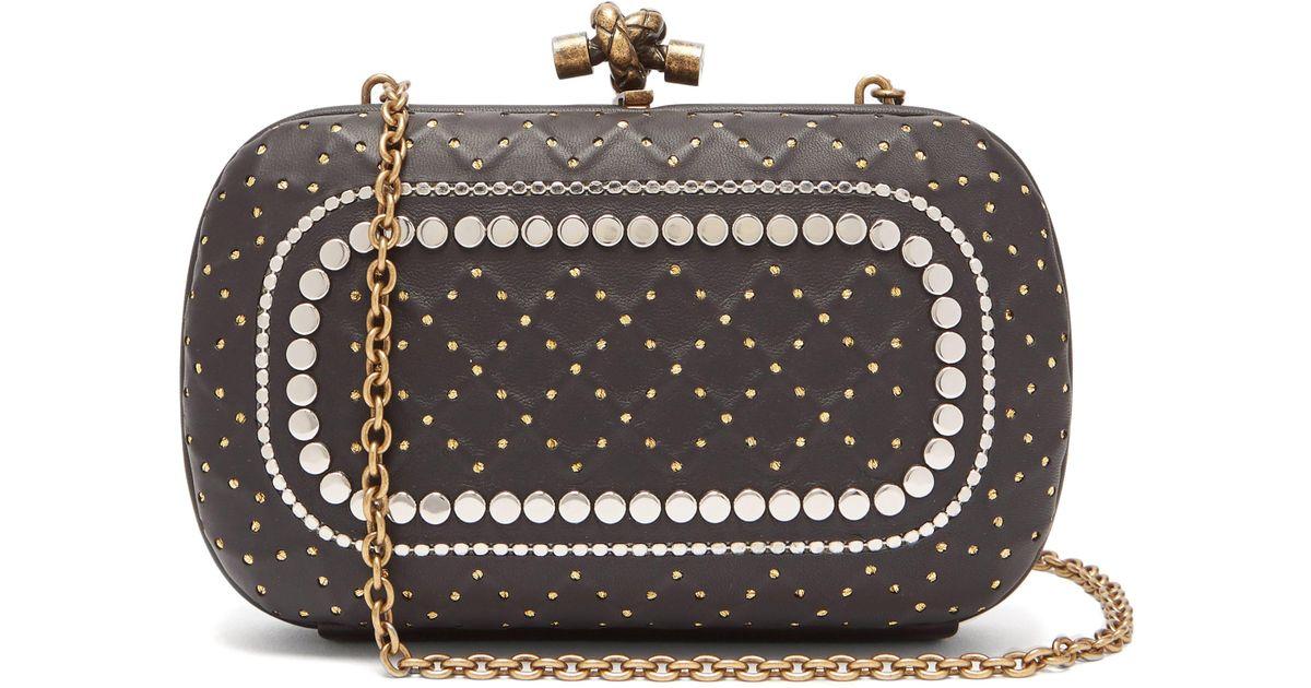 1269f1b7c0 Bottega Veneta Knot Studded Leather Clutch Bag - Lyst