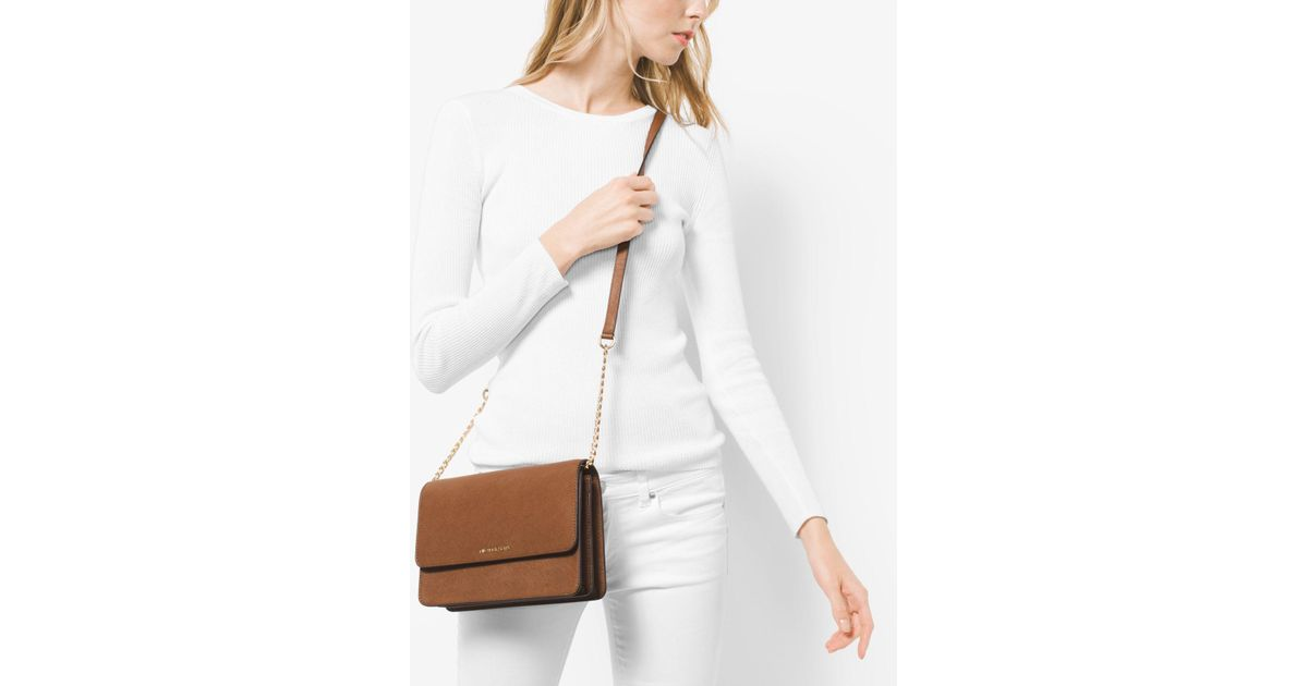 9a5b9193b071 Michael Kors Daniela Large Leather Crossbody in Brown - Lyst