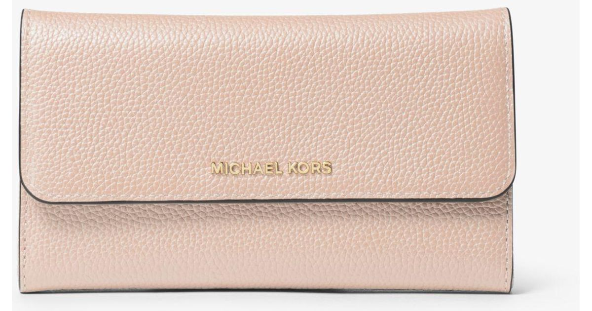 d5f772d6b0a83 Lyst - Michael Kors Tri-fold Leather Wallet in Pink