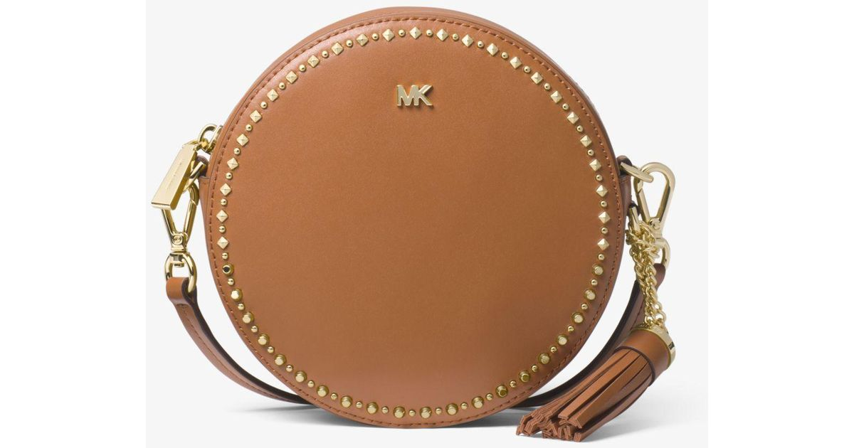 c4f1c6ddaf51 Michael Kors Studded Leather Canteen Crossbody Bag in Brown - Lyst