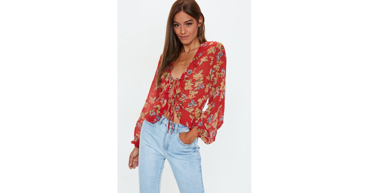 25f14865f7dbf3 Lyst - Missguided Red Floral Print Tie Front Crop Top in Red