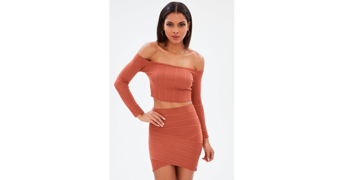 67aead759ca909 Lyst - Missguided Orange Ribbed Long Sleeves Bardot Top in Orange