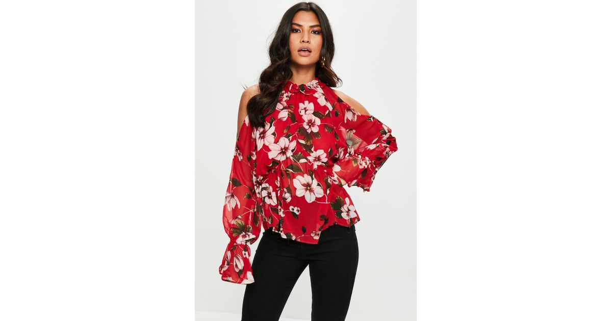 08c90fab9dfa5 Lyst - Missguided Red Floral Print Cold Shoulder Chiffon Blouse in Red