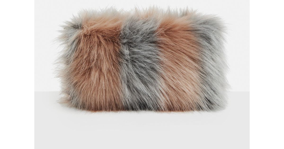 Lyst - Missguided Pink Fluffy Clutch Bag in Pink 5441ffc6984d7