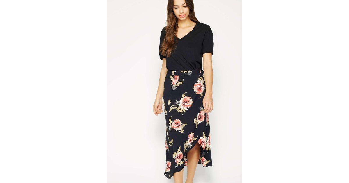 dbd04b9cd14ddb Miss Selfridge Black Floral Wrap Midi Skirt in Black - Lyst