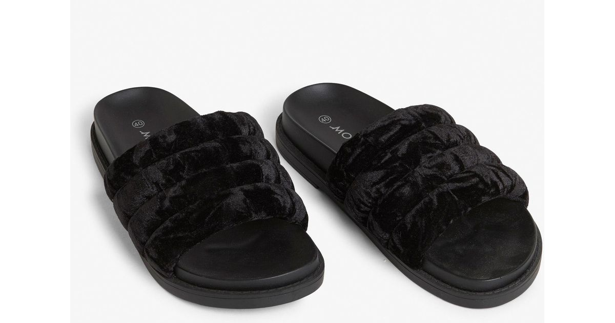 bfa32ce82a3e Monki Padded Sliders in Black - Lyst