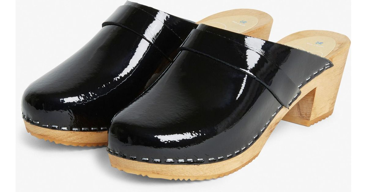 3cf92b80ed65 Monki Moheda Leather Clogs in Black - Lyst