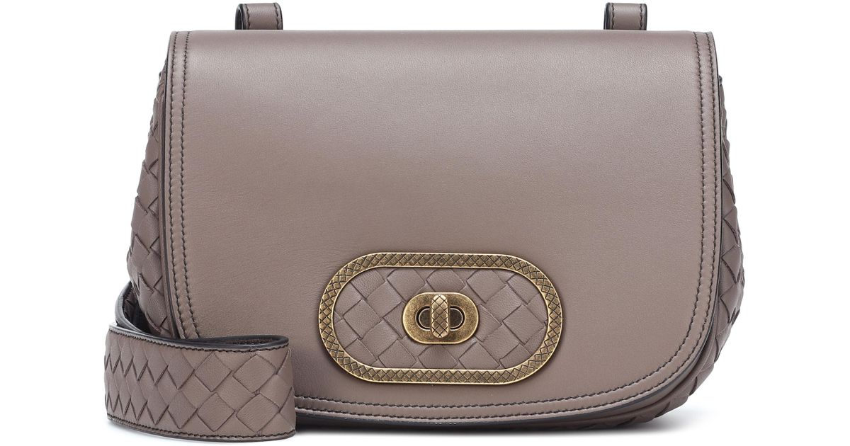 0376d4523941 Lyst - Bottega Veneta Bv Luna Leather Crossbody Bag