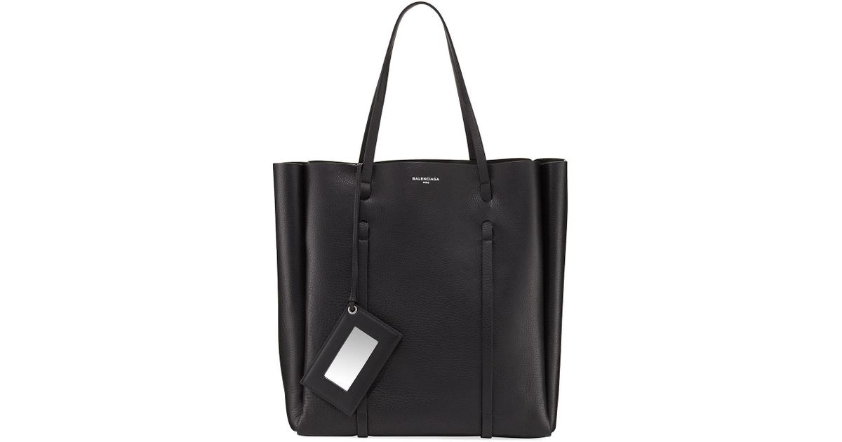 456e18b0b4 Lyst - Balenciaga Everyday Leather Tote Bag in Black