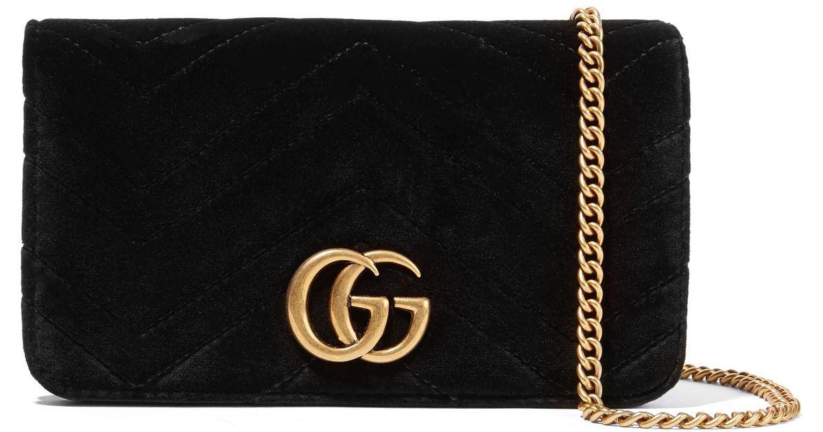 7b4d125b671 Lyst - Gucci Gg Marmont Micro Schultertasche Aus Gestepptem Samt Und  Strukturiertem Leder in Schwarz
