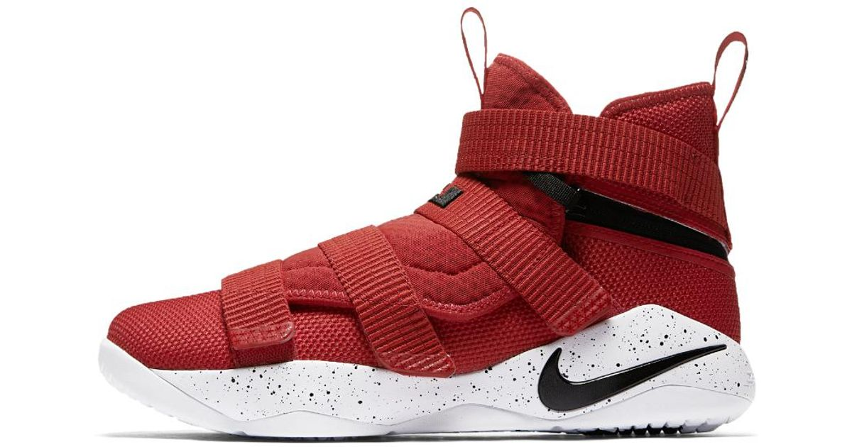 841e334c9b38 Nike Lebron Soldier Xi Flyease (extra-wide) Basketball Shoe in Red for Men  - Lyst