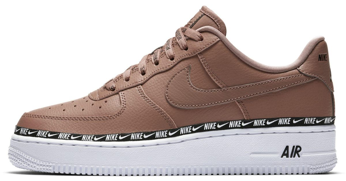 brand new b6d9d cc94d Nike Air Force 1  07 Se Premium Shoe in Brown - Lyst